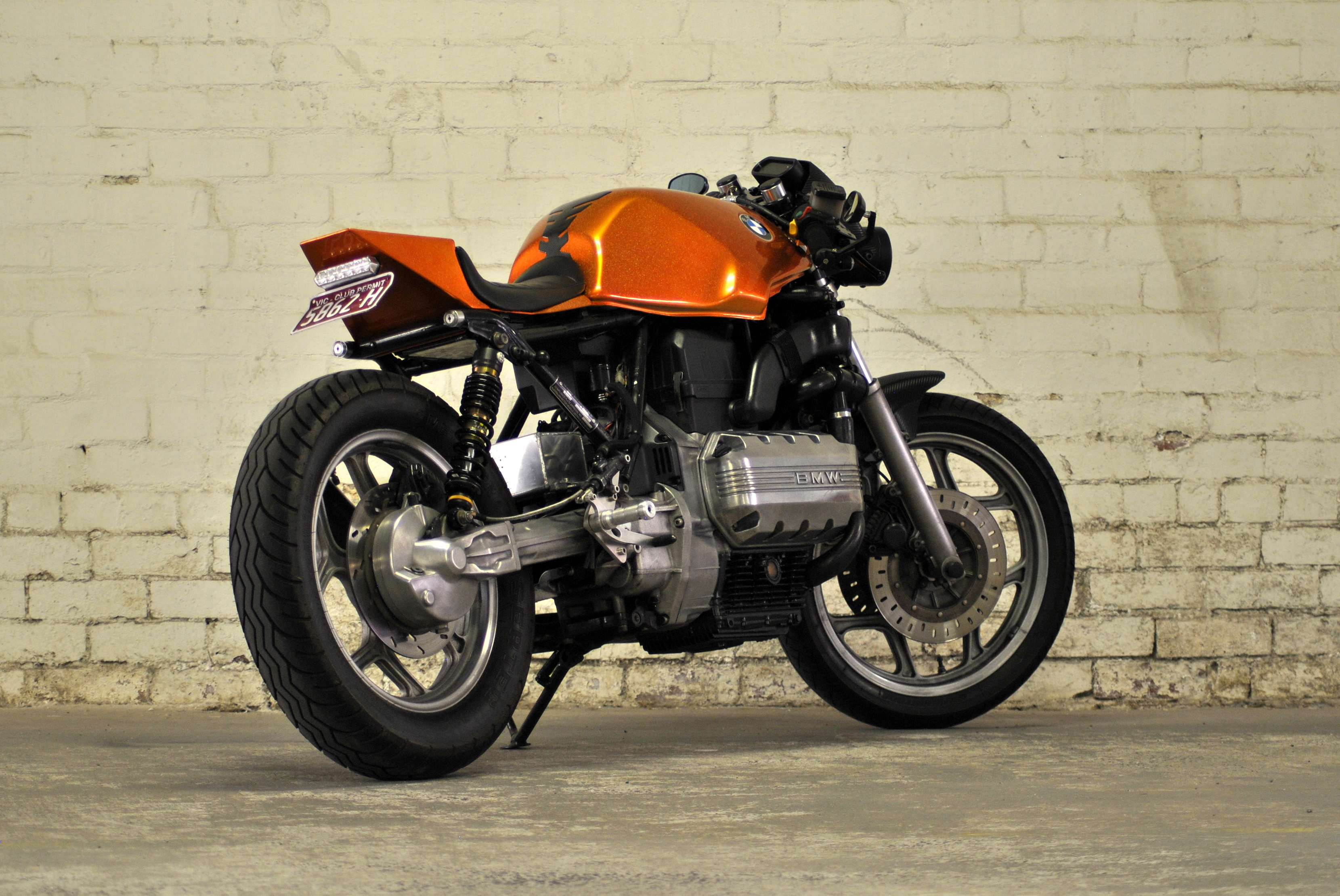 bmw k100 the k100 project don 39 t call it a caf racer. Black Bedroom Furniture Sets. Home Design Ideas